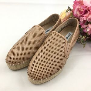 """Steve Madden """"Wright Perforated Espadrille 7M"""